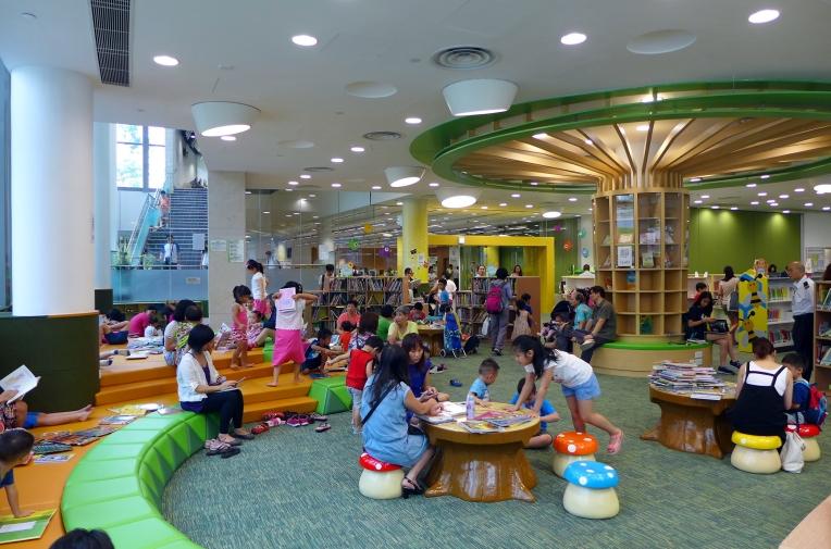 Tiu_Keng_Leng_Public_Library_Children_Library_201507